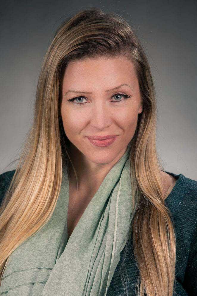 Ms. Kim Ricciardi